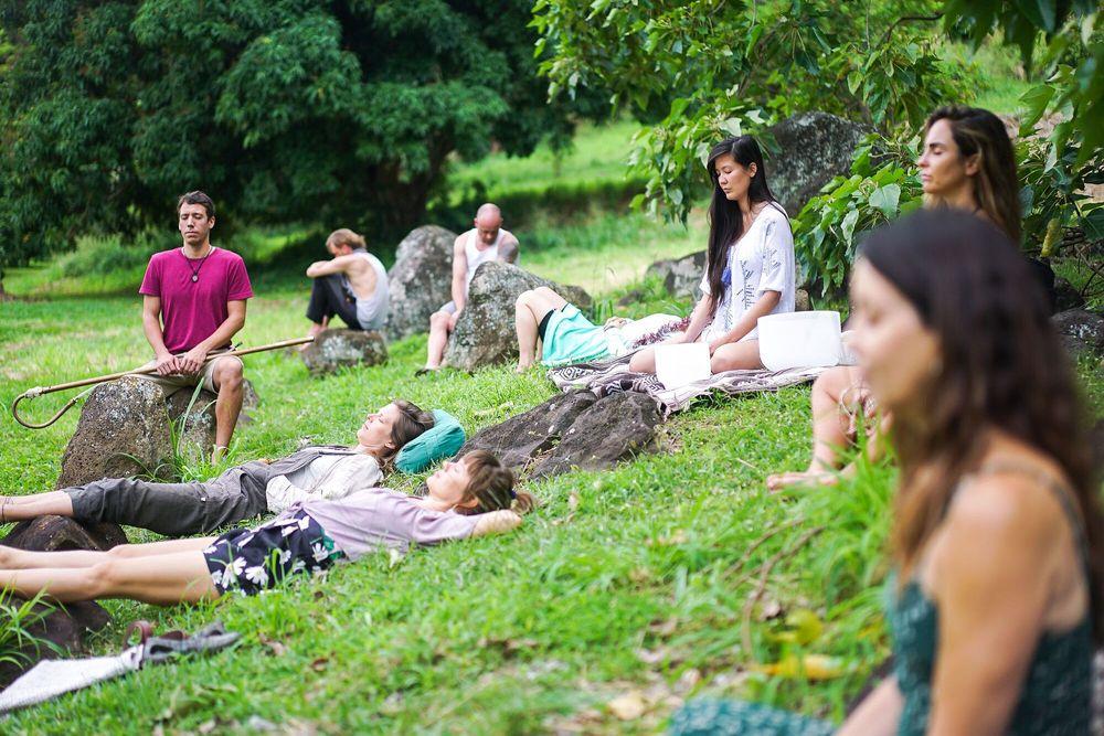 christmas yoga retreat hawaii