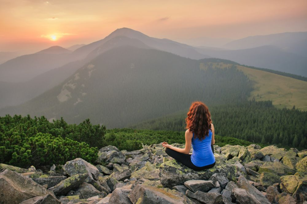 Read more about the article 5 (Online) Private Yoga Retreats Worldwide