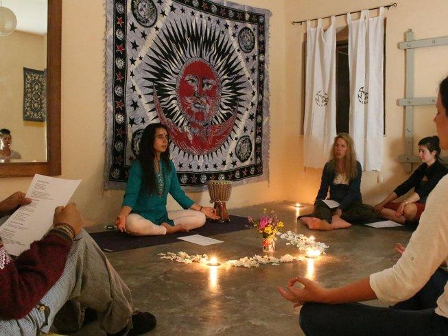 Christmas holiday yoga retreat italy