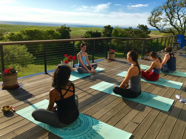 yoga retreat near boston