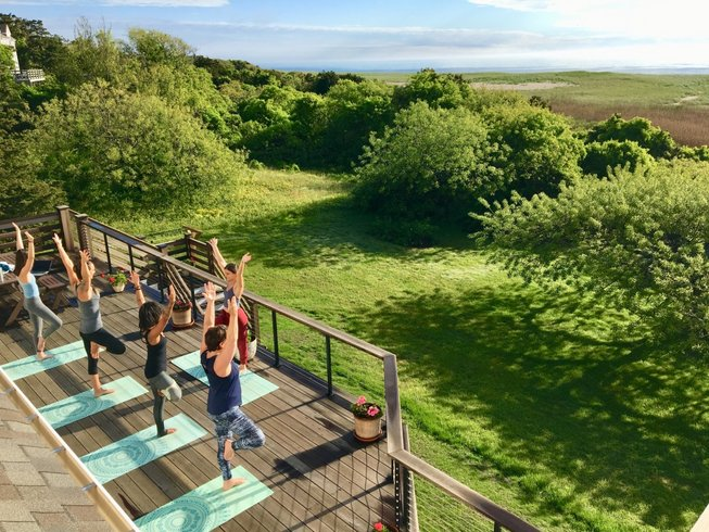 3 Relaxing Yoga Retreats in Massachusetts To Escape The Big City